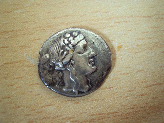 Denier de Volteia et sesterce d'Antonin [WM n° 5177] Dsc01112