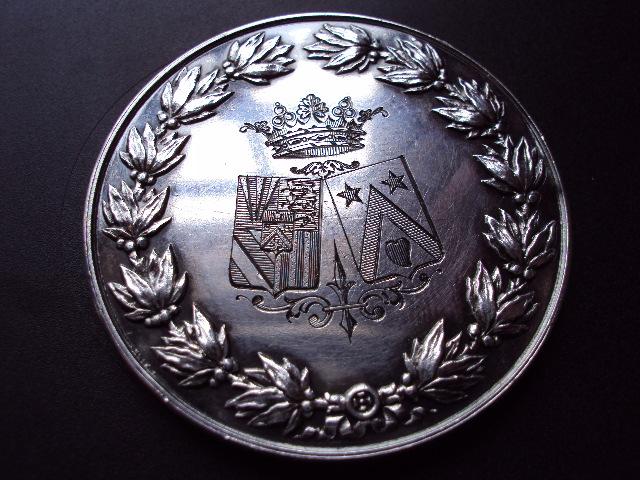 Médaille de mariage en argent Dsc01212