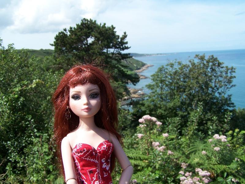 THEME PHOTOS D' AOUT 2012 : ELLO en vacances  - Page 2 000_4120