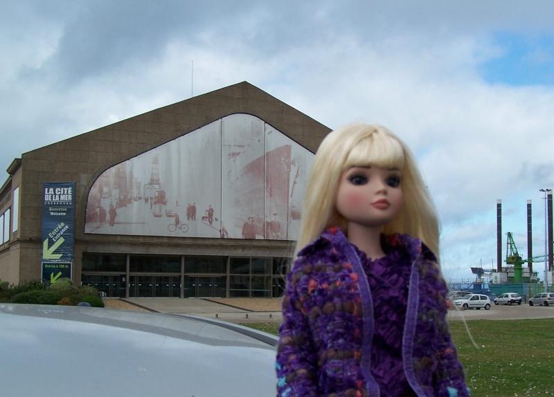 THEME PHOTOS SEPTEMBRE 2012 :  ELLOWYNE retrouve la ville, ses monuments, ses parcs, ses boutiques, 000_4311