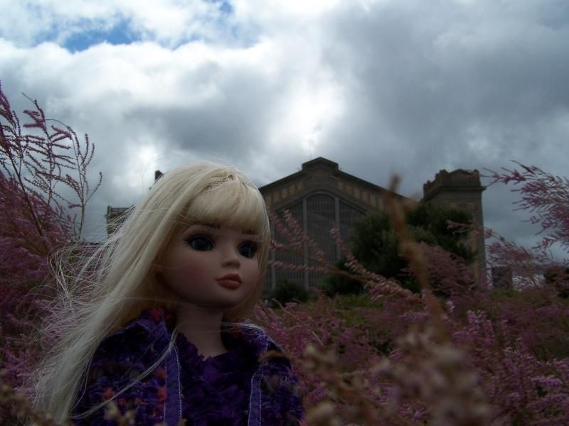 THEME PHOTOS SEPTEMBRE 2012 :  ELLOWYNE retrouve la ville, ses monuments, ses parcs, ses boutiques, 000_4312