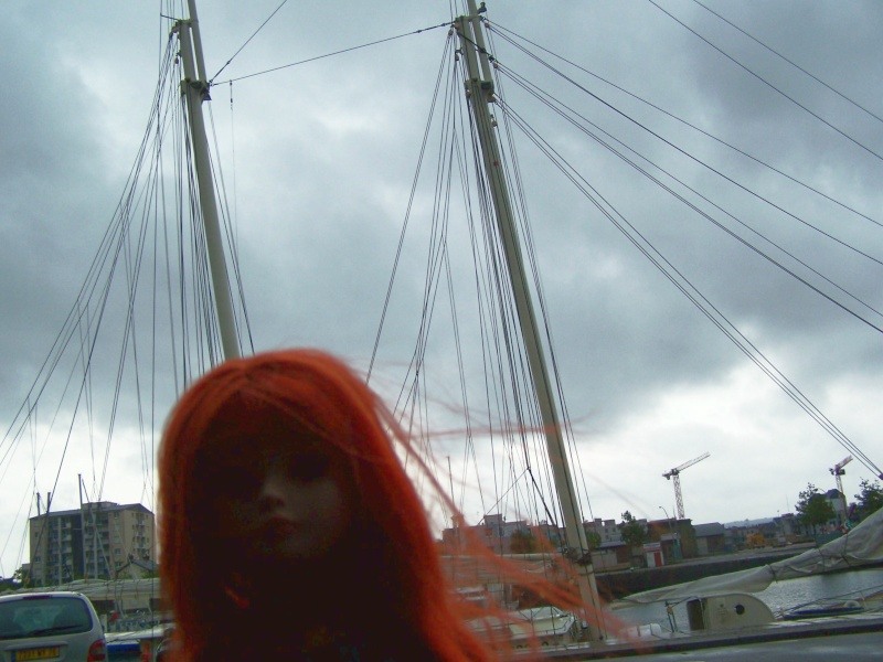 THEME PHOTOS SEPTEMBRE 2012 :  ELLOWYNE retrouve la ville, ses monuments, ses parcs, ses boutiques, - Page 2 000_4325