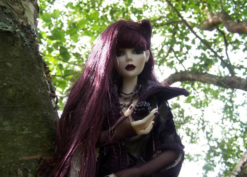 THEME PHOTOS SEPTEMBRE 2012 :  ELLOWYNE retrouve la ville, ses monuments, ses parcs, ses boutiques, - Page 2 000_4329