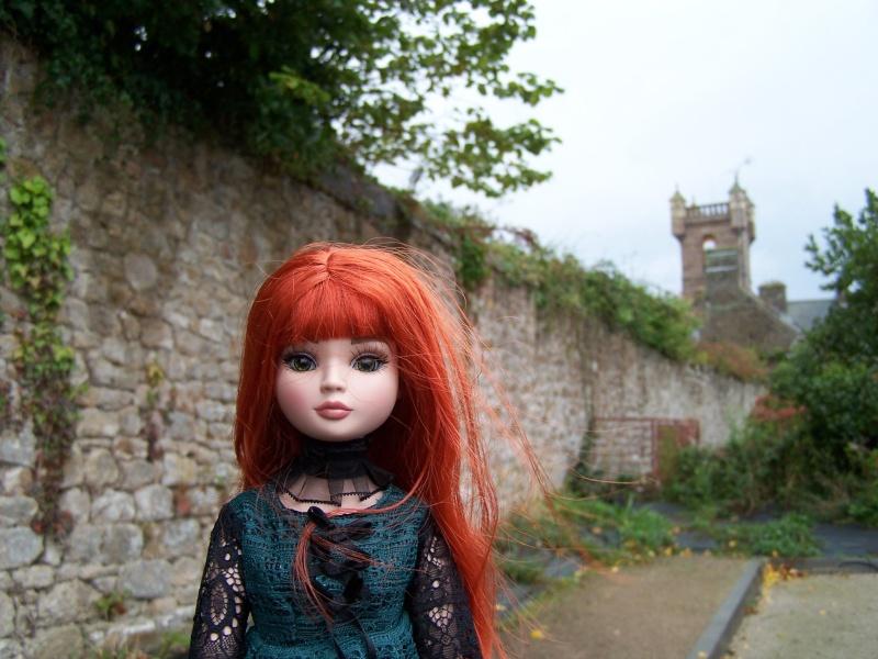 THEME PHOTOS SEPTEMBRE 2012 :  ELLOWYNE retrouve la ville, ses monuments, ses parcs, ses boutiques, - Page 2 000_4410