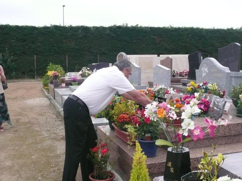 Dépose d'une plaque à la mémoire de notre camarade Alain RUAUX P1140010