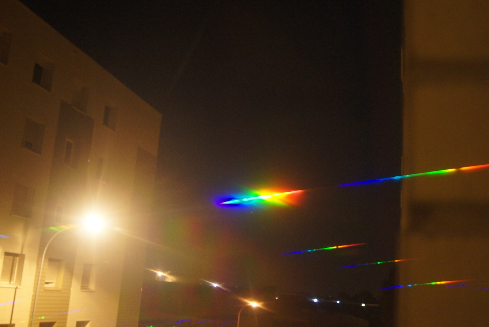 2012: le 01/09 à 21h40 - Lumière étrange dans le ciel  - dunkerque (59)  Dsc04912