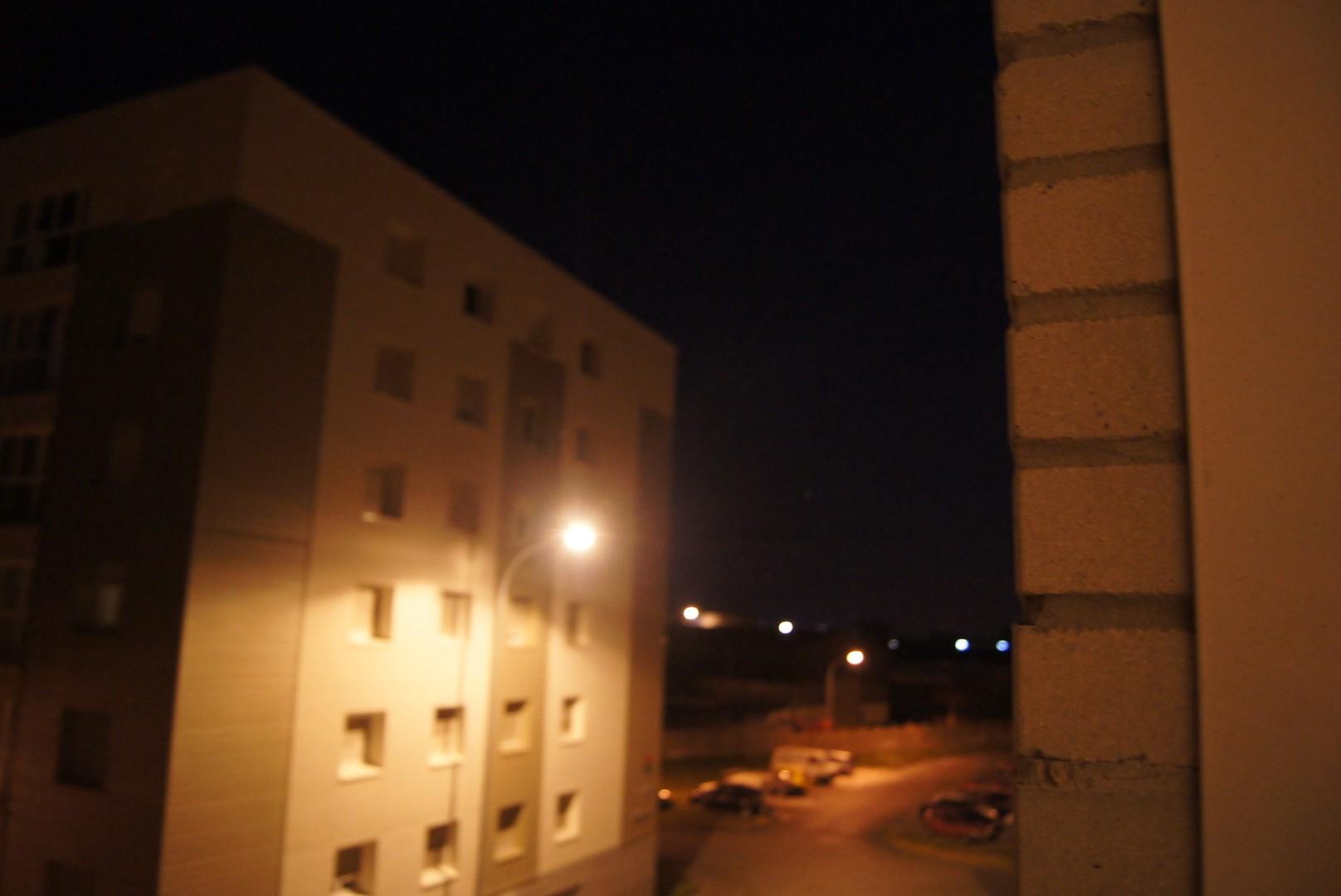 2012: le 01/09 à 21h40 - Lumière étrange dans le ciel  - dunkerque (59)  Dsc04914