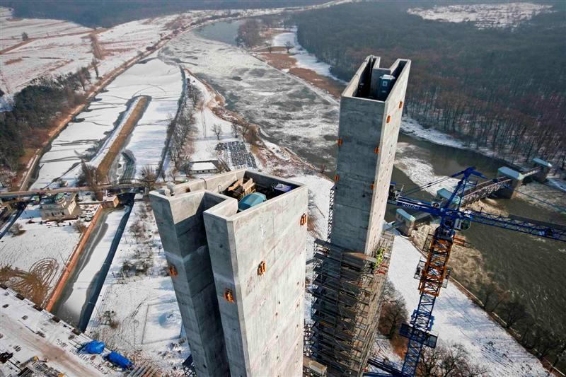pont autoroutier en pologne O10