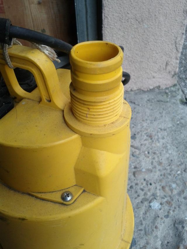 Pompe à eau - Page 2 Img_2012