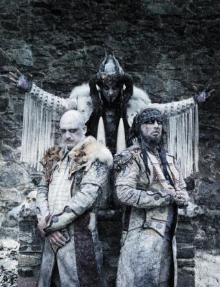 Dimmu Borgir com novo visual e em turnê com os Korn Dimmub10