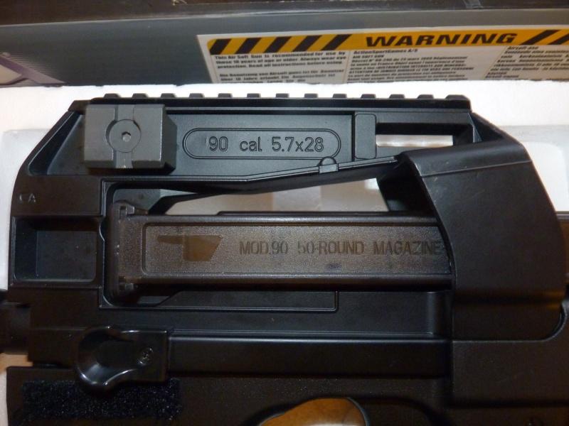 =P90 (CA90TR) Classic Army= P1020314