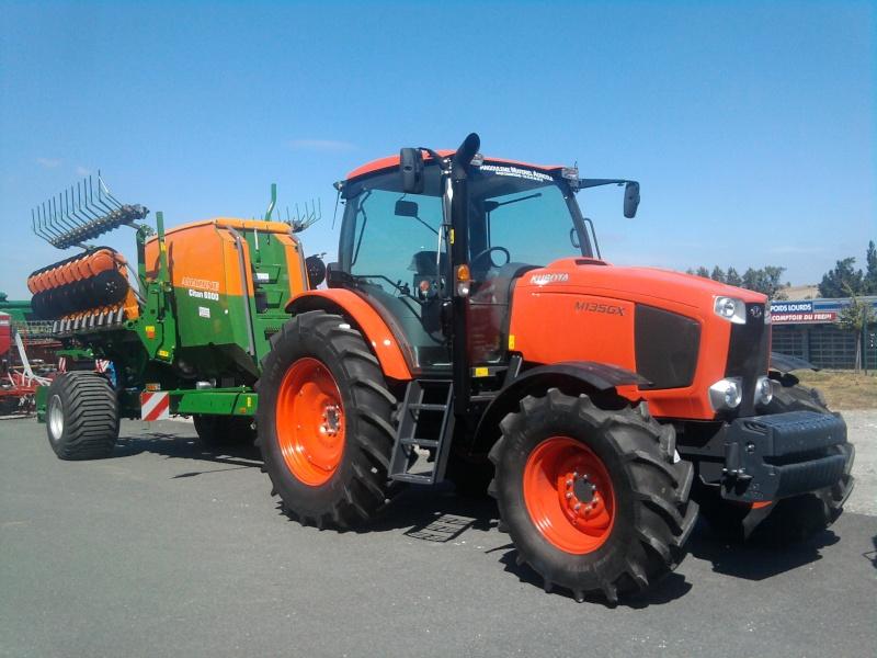 kubota M135GX 2012-010