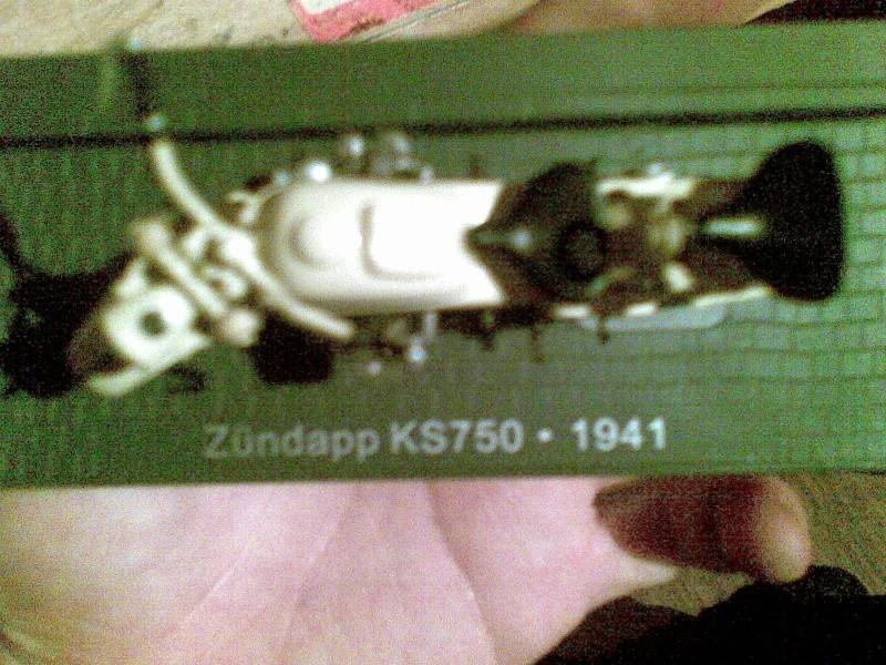 Zundapp KS750 1:24 13082013