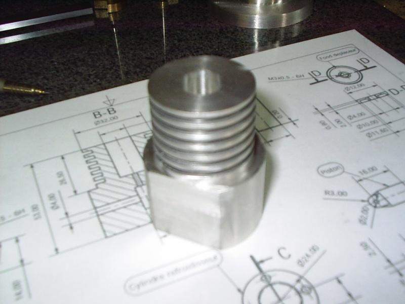 Construction d'un moteur stirling  Pic_0042