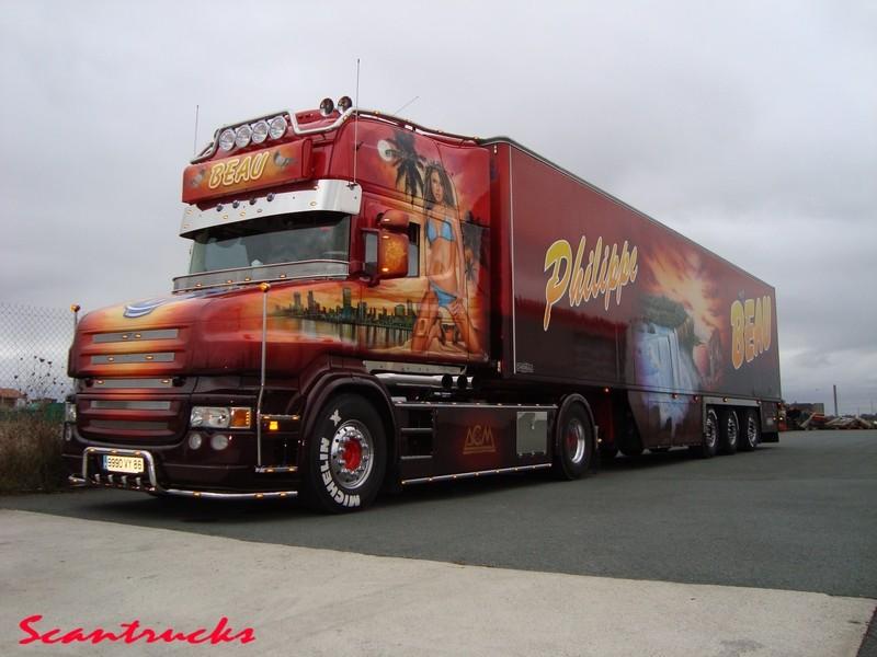 Camions décorés Dsc00411