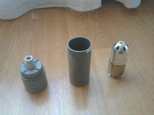 Tuto Grenade à main à gaz. - Page 2 12821411