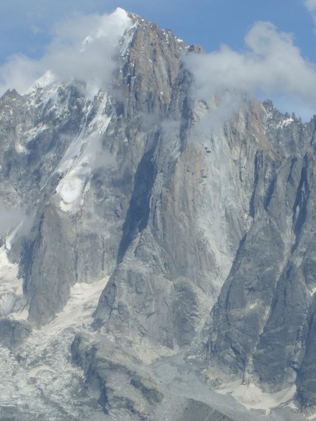 Eboulements et autres glissements dans la vallée - Page 3 Dscf2725