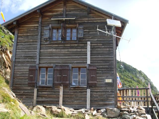 Refuge de bellachat depuis le Brévent Dscf2825