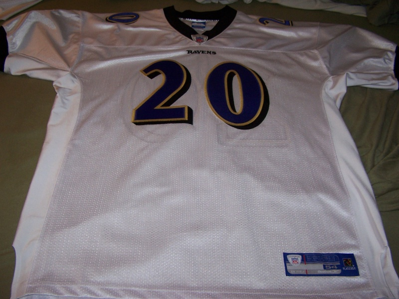 My jersey collection (football only) 103_1612