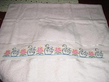 asciugamano grande e piccolo a punto croce Dscf3017