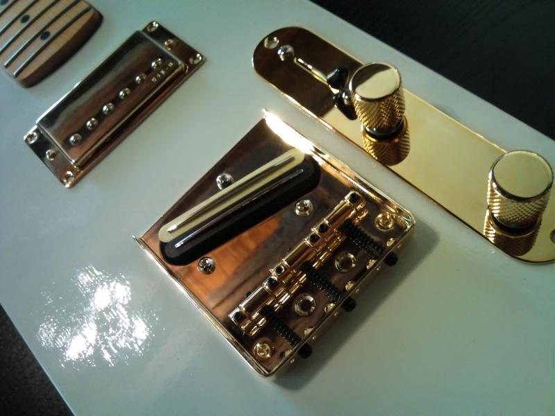 MERLIN' cigar boxes guitare - Page 6 Dsc_0010