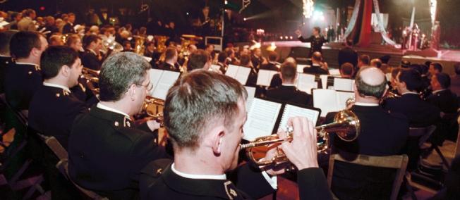 L'orchestre de la gendarmerie mobile a bien fait de désobéir Orches10
