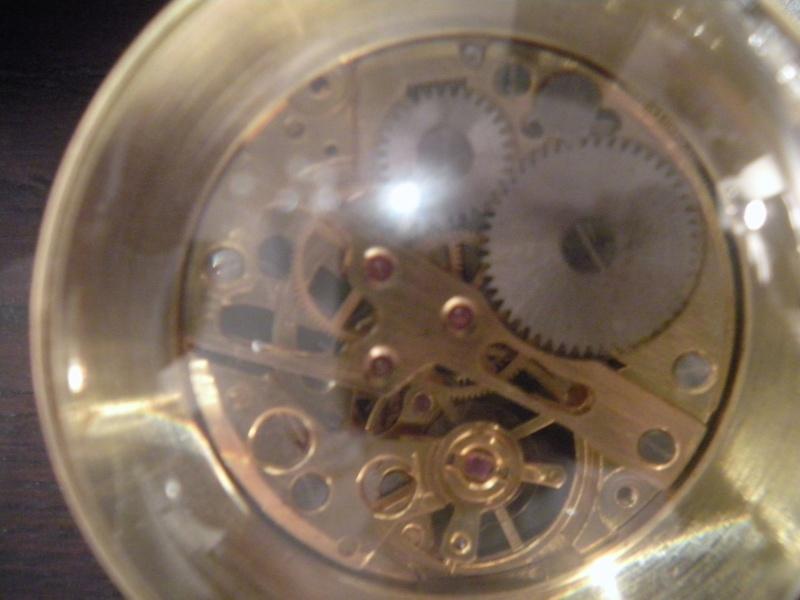 qui voit quelque chose dans ma boule de cristal? Al_02710