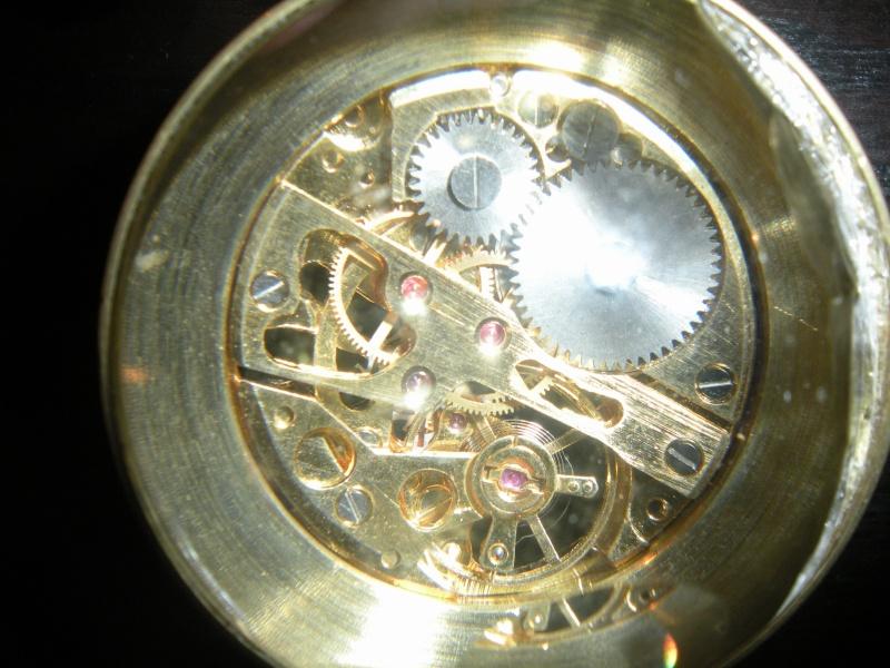 qui voit quelque chose dans ma boule de cristal? Al_02810
