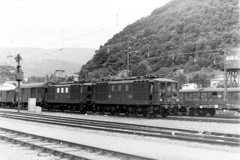 Pk 082,2 : Gare de Foix (09) - Page 6 W-bb-412