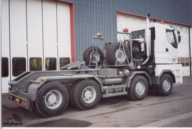 Titan Tractomas ou autres camions spéciaux. 1_34210
