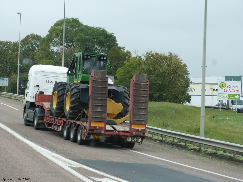 Transports de tracteurs forestier P1040027
