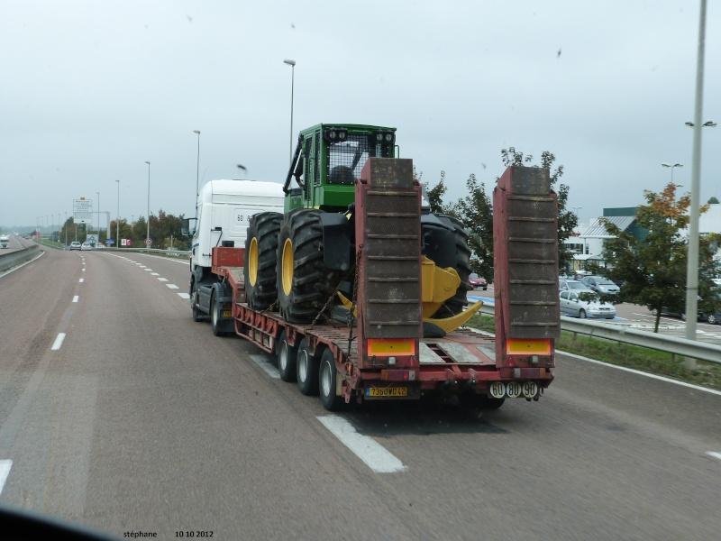 Transports de tracteurs forestier P1040028