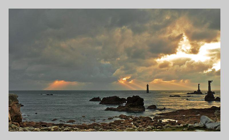 Ouessant : le phare de Nividic + ajout 18 janv. P1070512