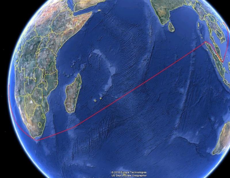 Un tour du monde inédit en maxi-trimaran XXL - Page 4 Tdum_410