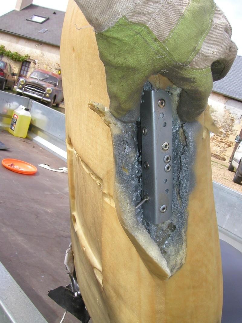 Dossier de siège CJ7 cassé P9110026
