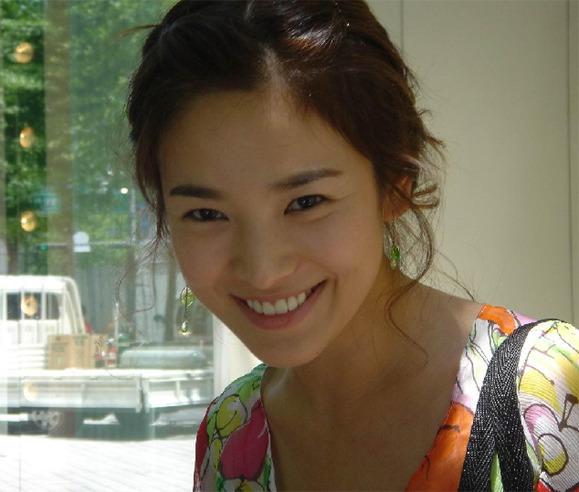 Song Hye Gyo Untitl11
