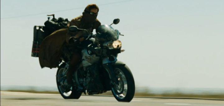 Une moto, une image. Quel film ? - Page 3 Reside10