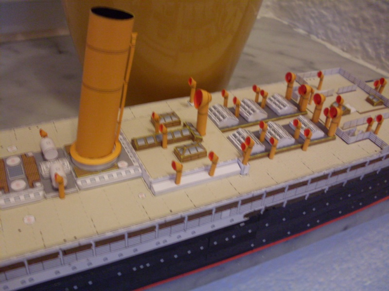 Schnelldampfer Kaiser Wilhelm der Große HMV 1/250 - Seite 3 Sdc13413