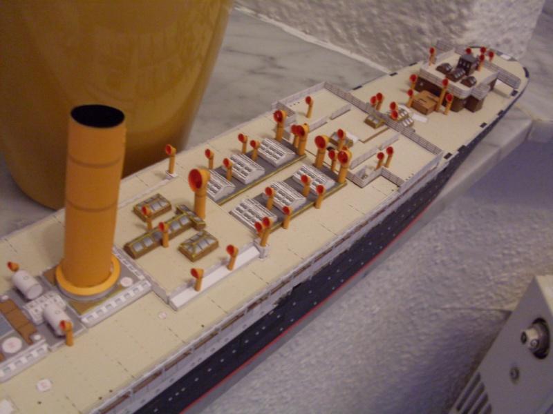 Schnelldampfer Kaiser Wilhelm der Große HMV 1/250 - Seite 3 Sdc13414