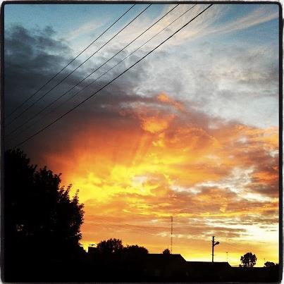 les plus belle photos de couchers de soleil - Page 8 31449110