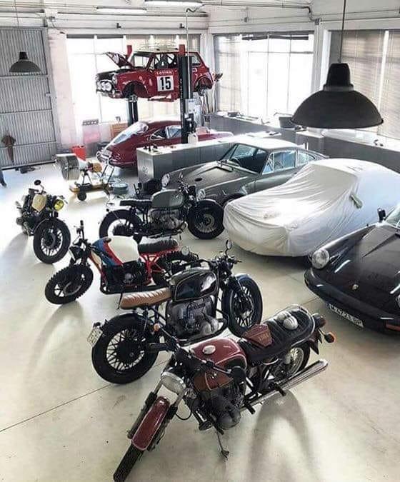 Les garages, les pièces mécaniques d'ici et d'ailleur.... - Page 33 134