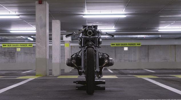 C'est ici qu'on met les bien molles....BMW Café Racer - Page 9 226