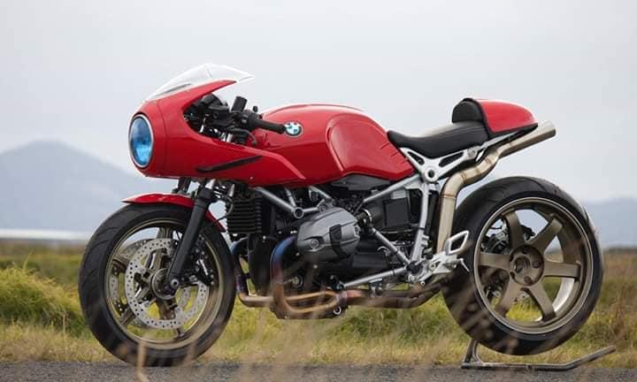 C'est ici qu'on met les bien molles....BMW Café Racer - Page 9 322