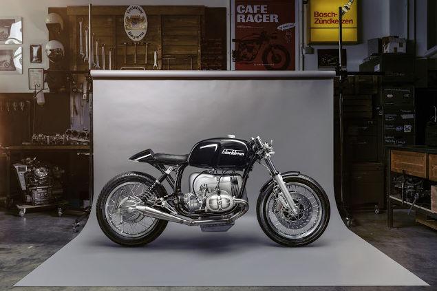 C'est ici qu'on met les bien molles....BMW Café Racer - Page 9 323