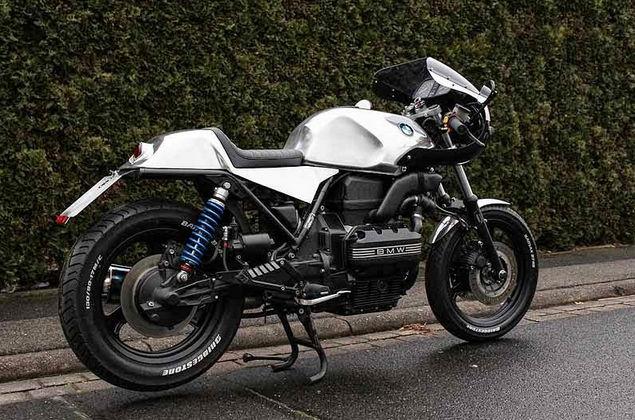 C'est ici qu'on met les bien molles....BMW Café Racer - Page 10 519