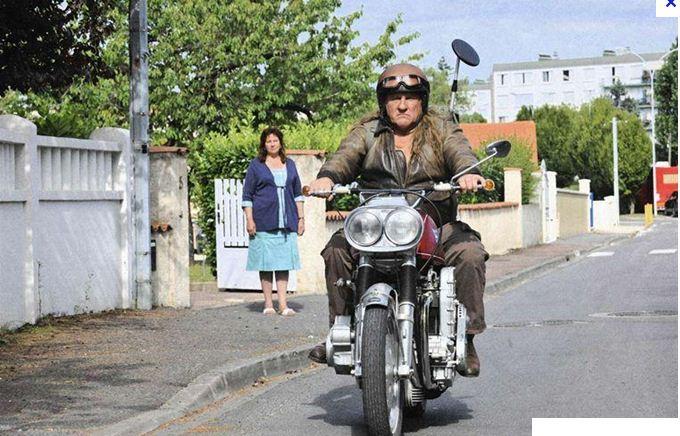 Une moto, une image. Quel film ? - Page 2 Mammou10