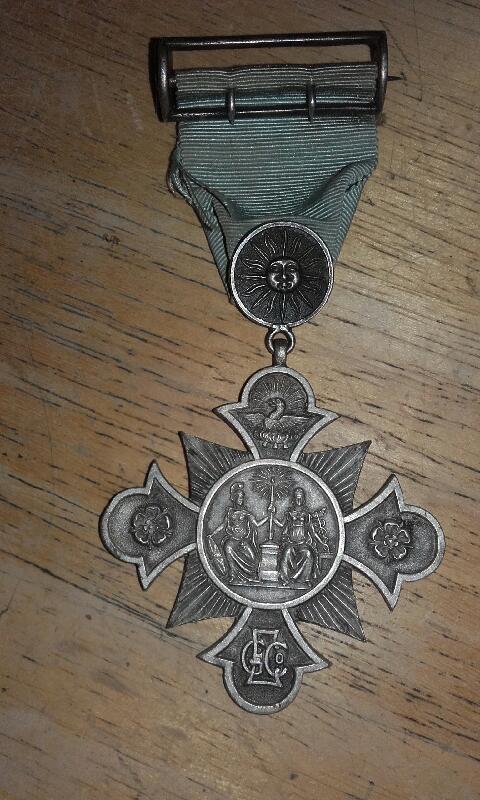 Médaille du travail ???!!!  20181111