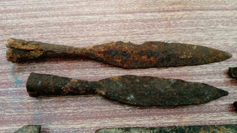Identification sceaux en plomb.  Dsc_0324