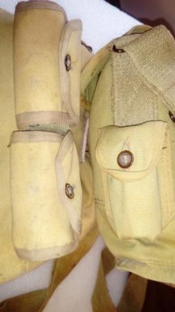 Masque à gaz français avec sa housse particulière...  Dsc_0935
