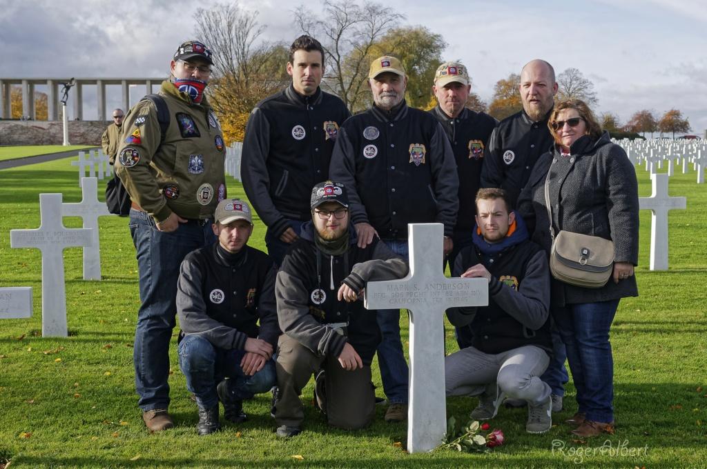 Dépôts des fleurs sur les tombes de nos fileuls : 11 novembre 2019 _rog8315